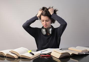 Abschlussarbeit Schule Korrektur, Hilfe Prüfungsarbeit Hannover, Grundstudium Hilfe