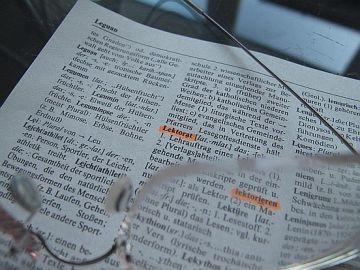 Wissenschaftlichen Text korrigieren, Korrekturlesen Grundstudium, Hilfe bei Prüfungsarbeiten